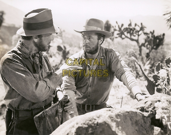 HUMPHREY BOGART & TIM HOLT.in TheTreasure of the Sierra Madre.*Filmstill - Editorial Use Only*.CAP/PLF.Supplied by Capital Pictures.