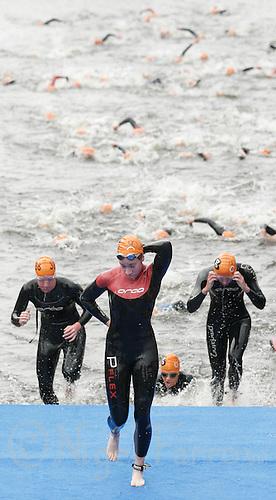 31 AUG 2007 - HAMBURG, GER - Junior Womens World Triathlon Championships. (PHOTO (C) NIGEL FARROW)
