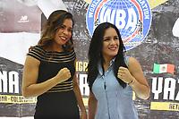 """MONTERIA - COLOMBIA, 18-05-2018:Conferencia de prensa con la boxeadora Liliana """"La Tigresa"""" Palmera (Izq) de Montería , antes de la pelea por la defensa de su títiulo Mundial Super Gallo contra Yazmín """"La rusita """"Rivas (Der) de México a realizarse el coliseo """"Happy Lora """" de esta ciudad , mañana Sábado ./Press conference with Liliana """"La Tigresa"""" Palmera de Montería, before the fight for the defense of her World Super Gallo title against Yazmin Rivas of Mexico to be held at the """"Happy Lora"""" Coliseum of this city tomorrow Saturday. Photo: VizzorImage / Andrés Felipe López Vargas / Contribuidor"""