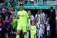 GRONINGEN - Voetbal, FC Groningen - FC Utrecht,  Eredivisie , Noordlease stadion, seizoen 2017-2018, 27-08-2017,   opkomst met FC Groningen doelman Segio Padt