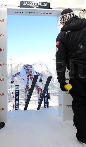 26 01 2012  Garmisch Partenkirchen Mens training day. Garmisch Partenkirchen  Germany Ski Alpine FIS World Cup Downhill Training for men Picture shows Joachim Puchner AUT leaving the start