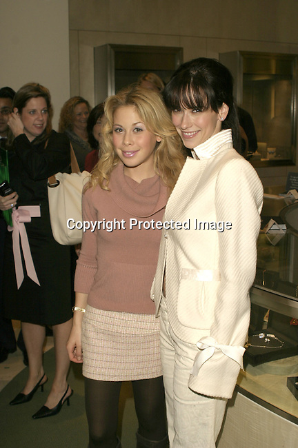 Tara Lipinski &amp; Jennifer Love Hewitt<br />