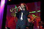 September 12, 2009:  Kenny G concert atmosphere at the 'Rhythm on the Vine' charity dinner concert to benefit Shriners Children Hospital held at  the South Coast Winery in Temecula, California..Photo by Nina Prommer/Milestone Photo