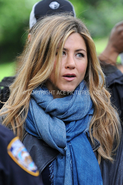 WWW.ACEPIXS.COM . . . . . ....May 14 2009, New York City....Actress Jennifer Aniston was on the Cenral Park set of the new movie 'The Baster' on May 14 2009 in New York City....Please byline: KRISTIN CALLAHAN - ACEPIXS.COM.. . . . . . ..Ace Pictures, Inc:  ..tel: (212) 243 8787 or (646) 769 0430..e-mail: info@acepixs.com..web: http://www.acepixs.com