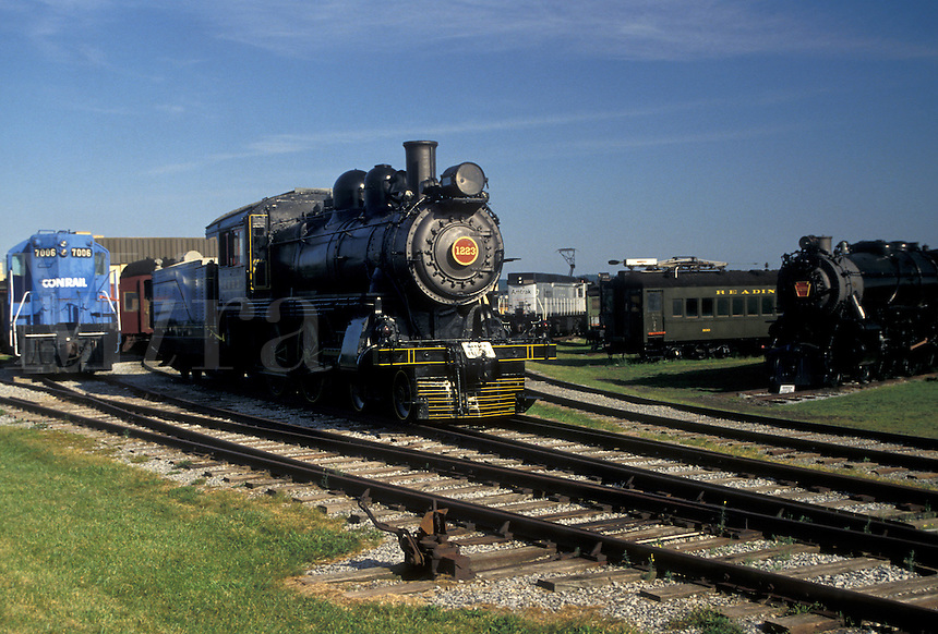 AJ3000, Lancaster County, museum, engine, locomotive, Pennsylvania, train, Trains displayed at the Railroad Museum of Pennsylvania in Strasburg in Pennsylvania Dutch Country in the state of Pennsylvania.