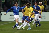"""Riccardo Montolivo Italia Neymar Brasile.Ginevra 21/03/2013 Stadio """"De Geneve"""".Football Calcio Amichevole Internazionale.Brasile vs Italia / Brazil Vs Italy .Foto Insidefoto Paolo Nucci."""