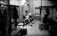 Pugile nello spogliatoio in attesa di salire sul ring