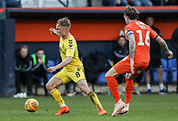 Fleetwood Town's Kyle Dempsey breaks from Luton Town's Glen Rea<br /> <br /> Photographer Andrew Kearns/CameraSport<br /> <br /> The EFL Sky Bet League One - Luton Town v Fleetwood Town - Saturday 8th December 2018 - Kenilworth Road - Luton<br /> <br /> World Copyright &copy; 2018 CameraSport. All rights reserved. 43 Linden Ave. Countesthorpe. Leicester. England. LE8 5PG - Tel: +44 (0) 116 277 4147 - admin@camerasport.com - www.camerasport.com