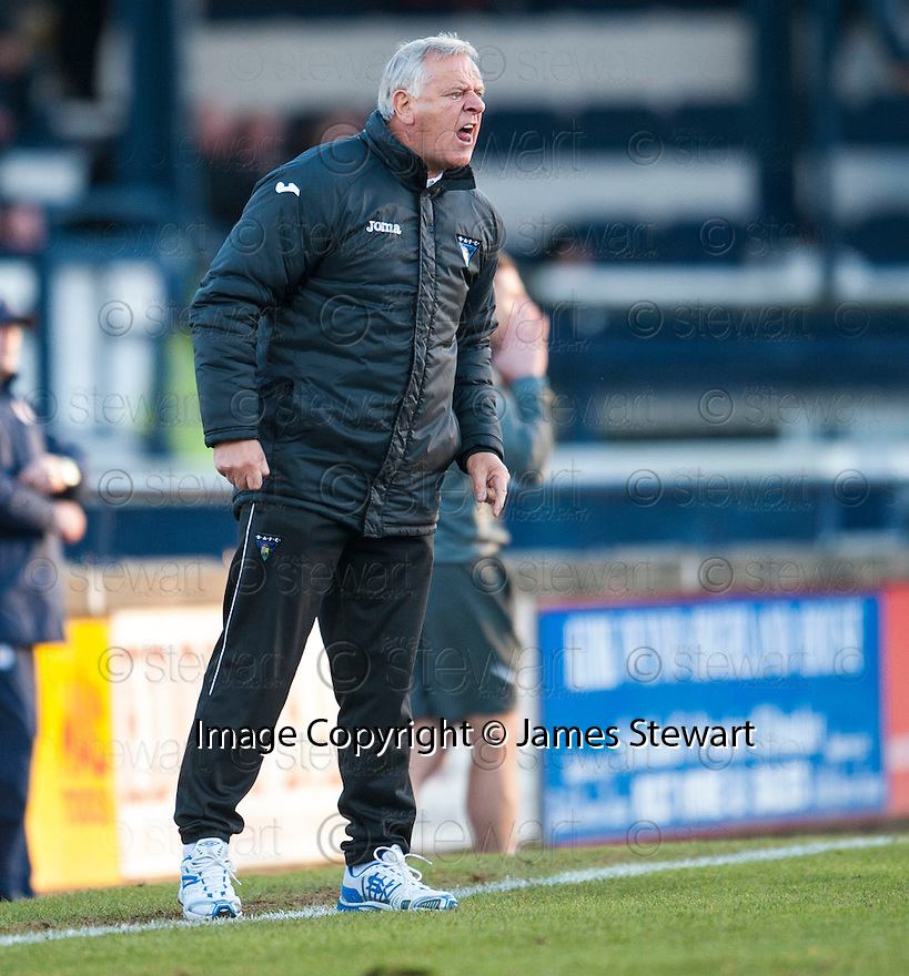 Dunfermline manager Jim Jeffries ...
