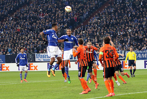 25.02.2016. Gelsenkirchen, Germany. Europa League Round of 32 Second Leg soccer match between Schalke 04 and FC Shakhtar Donetsk in the Veltins Arena in Gelsenkirchen, Germany. Joel Matip (FC Schalke 04) wins the header