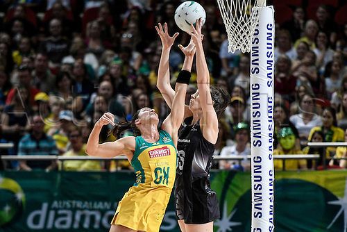 09.10.2016. Qudos Bank Arena, Sydney, Australia. Constellation Cup Netball. Australia Diamonds versus New Zealand Silver Ferns. Australias Sharni Layton puts pressure on New Zealands Bailey Mes as she shoots. The Diamonds won the game 68-56.