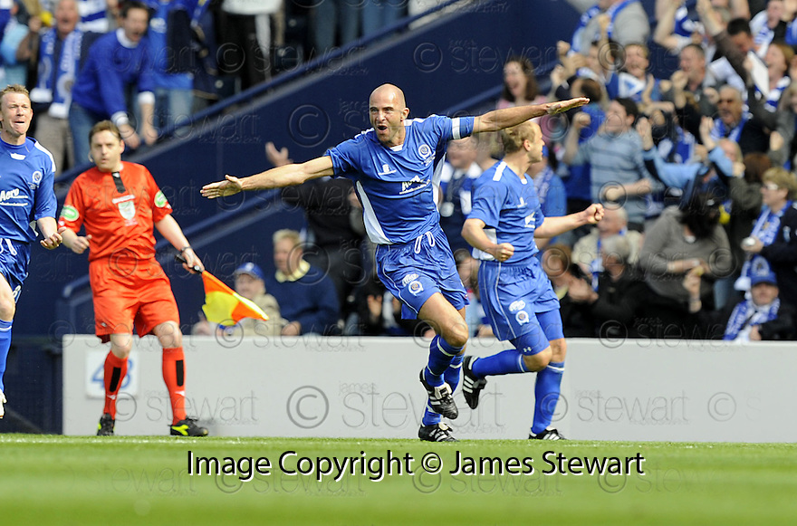 24/05/2008   Copyright Pic: James Stewart.File Name : sct_jspa21_qots_v_rangers.JIM THOMSON CELEBRATES AFTER HE SCORES QUEEN'S SECOND.James Stewart Photo Agency 19 Carronlea Drive, Falkirk. FK2 8DN      Vat Reg No. 607 6932 25.Studio      : +44 (0)1324 611191 .Mobile      : +44 (0)7721 416997.E-mail  :  jim@jspa.co.uk.If you require further information then contact Jim Stewart on any of the numbers above........