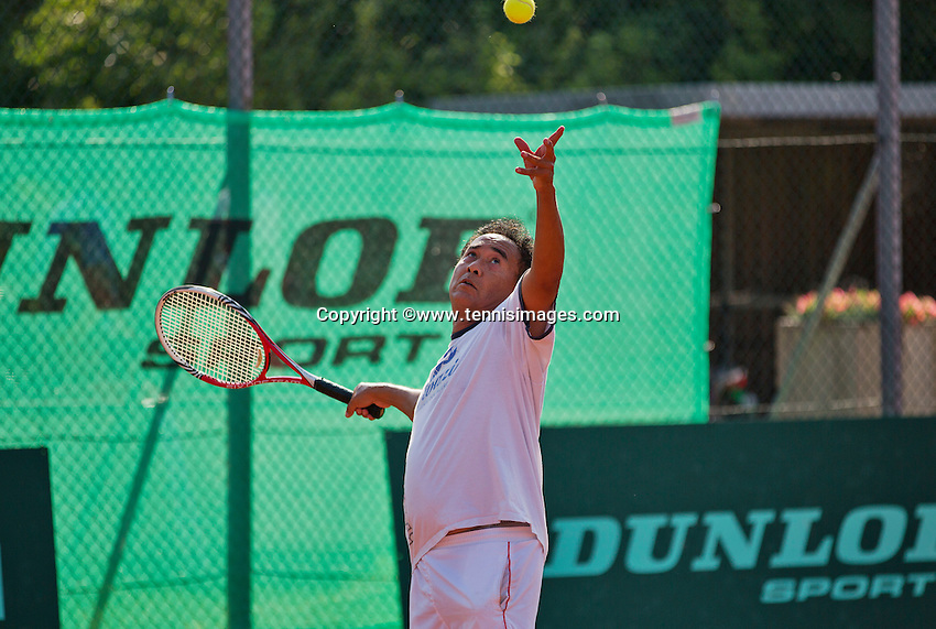 Netherlands, Amstelveen, August 22, 2015, Tennis,  National Veteran Championships, NVK, TV de Kegel,  Men's 55+, Frank Lapré<br /> Photo: Tennisimages/Henk Koster