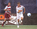 15 April 2007: New York's Dave van den Burgh (11). The New York Red Bulls defeated FC Dallas 3-0 at Giants Stadium in East Rutherford, New Jersey in an MLS Regular Season game.
