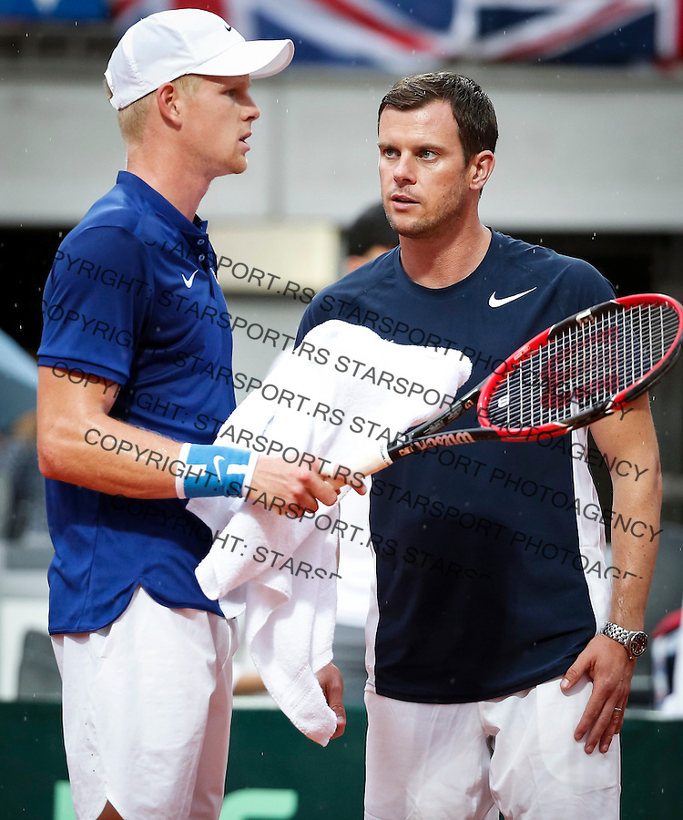 BELGRADE, SERBIA - JULY 15: Team captain Leon Smith (R) talk with the Kyle Edmund (L) of Great Britain during the Davis Cup Quarter Final match between Serbia and Great Britain on Stadium Tas Majdan on July 15, 2016 in Belgrade, Serbia. (Photo by Srdjan Stevanovic/Getty Images)