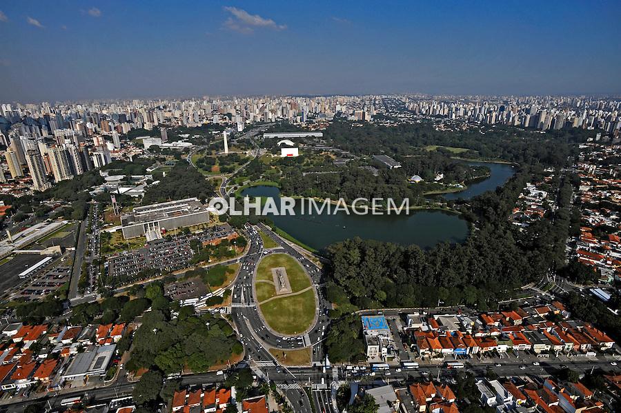 Vista aérea do parque do Ibirapuera. São Paulo. 2008. Foto de Juca Martins.