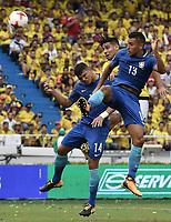 BARRANQUILLA - COLOMBIA - 05-09-2017:  Falcao Garcia (C) jugador de Colombia disputa el balón con Thiago Silva (Izq) y Marquinhos (Der) jugador de Brasil durante partido de la fecha 16 para la clasificación sudamericana a la Copa Mundial de la FIFA Rusia 2018 jugado en el estadio Metropolitano Roberto Melendez en Barranquilla. /  Falcao Garcia (C) player of Colombia fights the ball with Thiago Silva (L) and Marquinhos (R) player of Brazil during match of the date 16 for the qualifier to FIFA World Cup Russia 2018 played at Metropolitan stadium Roberto Melendez in Barranquilla. Photo: VizzorImage/ Gabriel Aponte / Staff