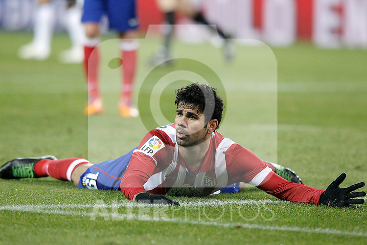 Atletico de Madrid's Diego Costa during La Liga match.December 15,2013. (ALTERPHOTOS/Acero)