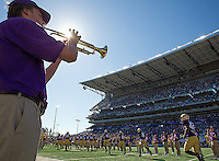 The Husky Band formed the tunnel prior to the game for the first time in several years.  Hooray for game day tradition!