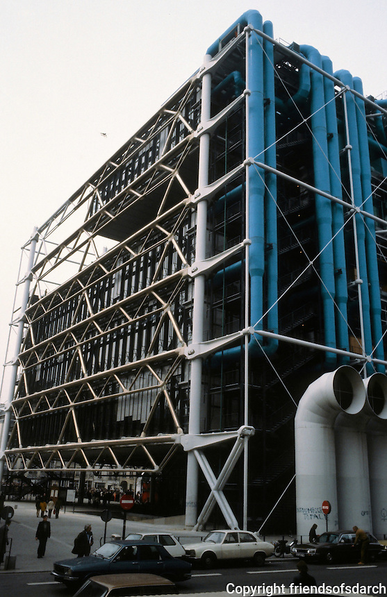 Renzo Piano and Richard Rogers: Centre Pompidou, Paris. South facade.