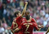 FUSSBALL   1. BUNDESLIGA  SAISON 2012/2013   2. Spieltag FC Bayern Muenchen - VfB Stuttgart      02.09.2012 Jubel nach dem Tor Thomas Mueller mit Franck Ribery und Jerome Boateng   (v. li., FC Bayern Muenchen)