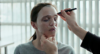 Le visage (2017)<br /> *Filmstill - Editorial Use Only*<br /> CAP/KFS<br /> Image supplied by Capital Pictures