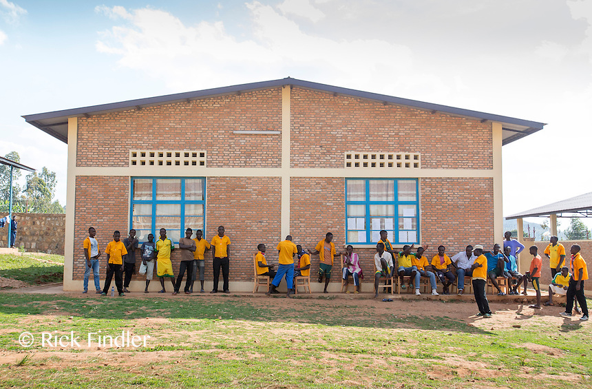 BURUNDI, Ruyigi: 10 June 2015 Ruyigi Re-education Centre Feature.<br /> See accompanying article for general information. <br /> Pictured: Inmates at the re-education centre during relax time. <br /> Rick Findler / Story Picture Agency