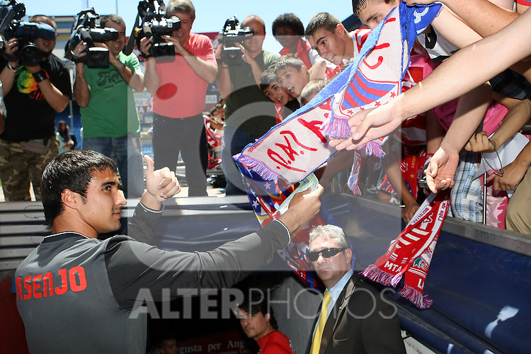 Atletico de Madrid's new player Sergio Asenjo during his presentation. July 13 2009. (ALTERPHOTOS/Acero).