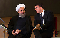 Il presidente dell'Iran Hassan Rouhani, a sinistra, e il Presidente del Consiglio Matteo Renzi durante il loro incontro in Campidoglio, Roma, 25 gennaio 2016.<br /> Iran's President Hassan Rouhani, left, and Italian Premier Matteo Renzi during their meeting at the Campidoglio capitol hill in Rome, 25 January 2016.<br /> UPDATE IMAGES PRESS/Riccardo De Luca