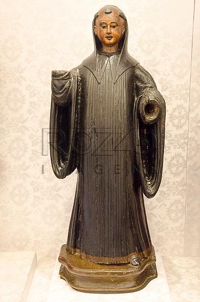 São Bento, século XVIII, madeira policromada. Acervo do Museu de Arte Sacra de São Paulo, São Paulo - SP, 02/2013.