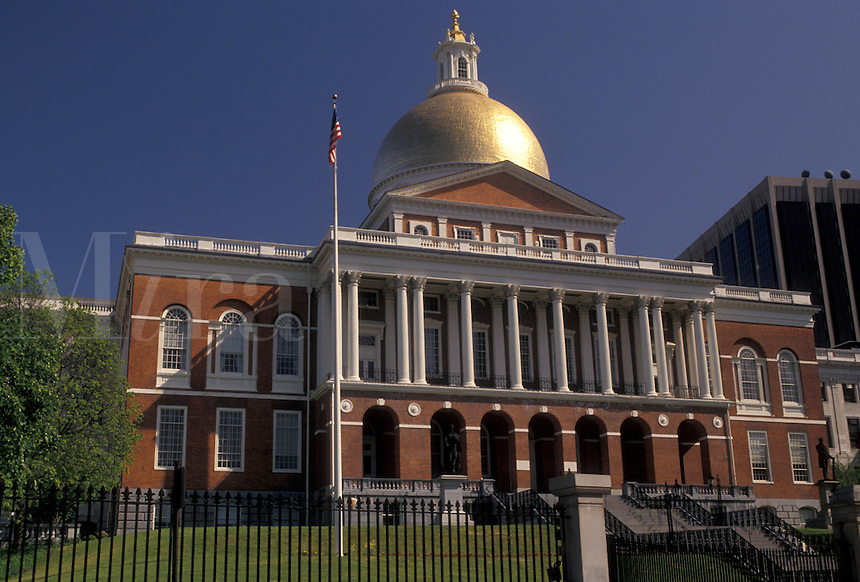 AJ4444, Boston, State House, State Capitol, Massachusetts, The State House in the capital city of Boston in the state of Massachusetts.