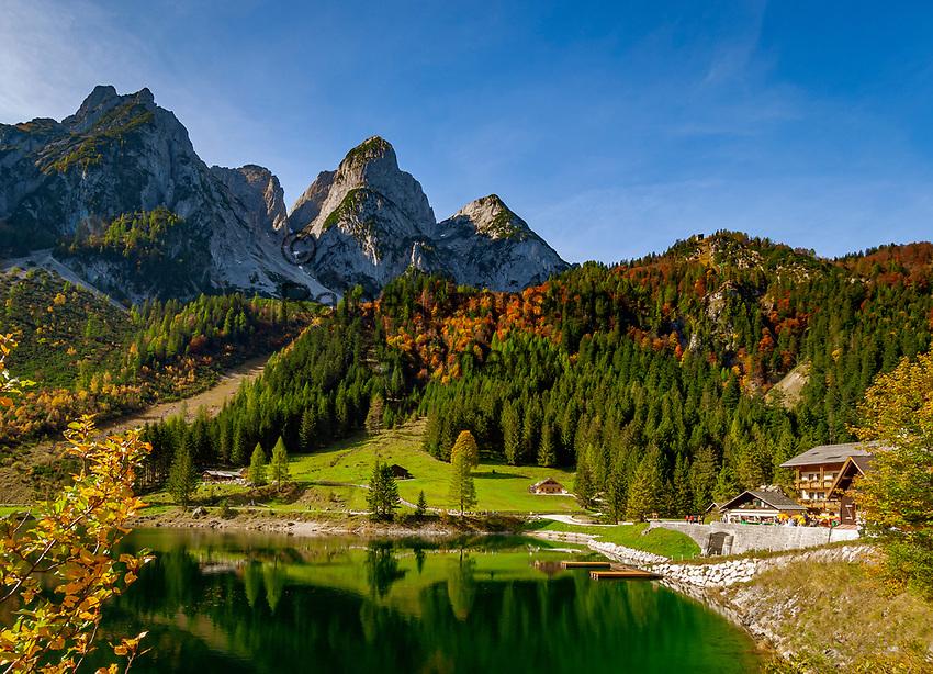 Austria, Upper Austria, Salzkammergut, Gosau: Gosau Lake and Dachstein mountains | Oesterreich, Oberoesterreich, Salzkammergut, Gosau: vorderer Gosausee vorm Dachsteingebirge, Gosaukamm