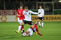 Boris Vukcevic (D) gegen Henri Lansbury (ENG)