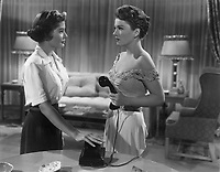 All About Eve (1950)<br /> Anne Baxter &amp; Barbara Bates<br /> *Filmstill - Editorial Use Only*<br /> CAP/KFS<br /> Image supplied by Capital Pictures
