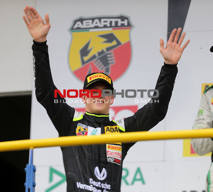 ADAC Formel 4, Oschersleben, 13.09.2015<br /> Podest:<br /> 3.Platz f&uuml;r Mick Schumacher (Sohn von Michael Schumacher) mit den Pokalen f&uuml;r den 3.Platz und als Bester Rookie<br /> <br /> <br /> <br /> <br /> <br /> Foto &copy; nordphoto /  Bratic