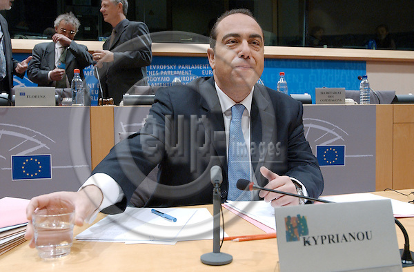Brussels-Belgium - October 08, 2004---Hearing of European Commissioner Designate Markos KYPRIANOU (Cyprus), designated to be in charge of 'Health and Consumer Protection' within the future 'Barroso team', at the European Parliament's joint Committees on 'Environment, Public Health and Food Savety' and 'Internal Market and Consumer Protection'; here, the Commissioner at the beginning of the meeting---Photo: Horst Wagner/eup-images