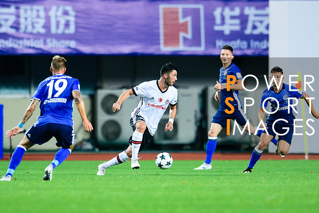 FC Schalke Midfielder Yevhen Konoplyanka (C) in action during the Friendly Football Matches Summer 2017 between FC Schalke 04 Vs Besiktas Istanbul at Zhuhai Sport Center Stadium on July 19, 2017 in Zhuhai, China. Photo by Marcio Rodrigo Machado / Power Sport Images