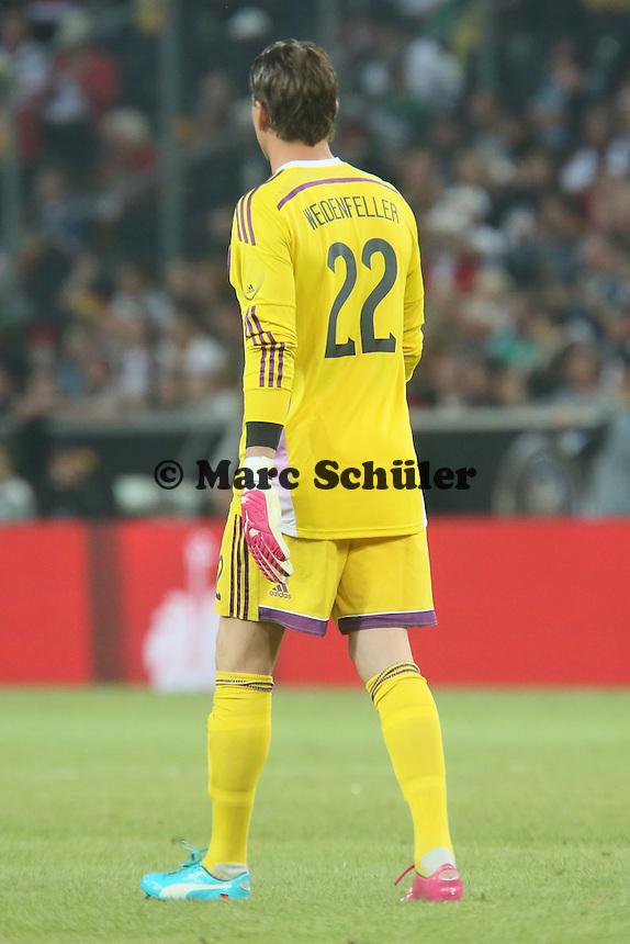 Roman Weidenfeller (#22. D) trägt die Schuhe mit der Nummer 1 - Deutschland vs. Kamerun, Mönchengladbach