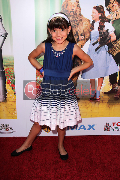 """Chloe Noelle<br /> at """"The Wizard Of Oz 3D"""" World Premiere Screening and Grand Opening of the TCL Chinese IMAX Theater, Chinese Theater, Hollywood, CA 09-15-13<br /> David Edwards/DailyCeleb.com 818-249-4998"""