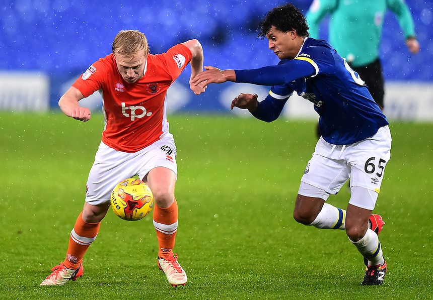 Mark Cullen of Blackpool competes with Josef Yarney of Everton<br /> <br /> Photographer Richard Martin-Roberts/CameraSport<br /> <br /> The Checkatrade Trophy - Northern A - Everton U21 v Blackpool - Tuesday 8th November 2016 - Goodison Park - Liverpool<br />  <br /> World Copyright &copy; 2016 CameraSport. All rights reserved. 43 Linden Ave. Countesthorpe. Leicester. England. LE8 5PG - Tel: +44 (0) 116 277 4147 - admin@camerasport.com - www.camerasport.com