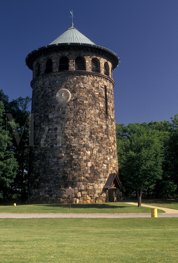 AJ4270, Wilmington, watch tower, Delaware, An old stone Water Tower in Rockford Park in Wilmington in the state of Delaware.