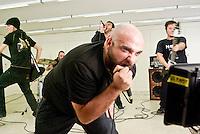 """Como, riprese per il videoclip """"Il mostro"""" del gruppo torinese Linea 77 --- Como, the Turin based band Linea 77 shooting the music video for the song """"Il mostro"""""""
