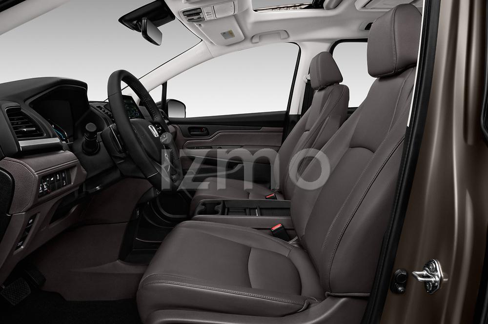 Front seat view of a 2018 Honda Odyssey EX-L 5 Door Mini Van front seat car photos