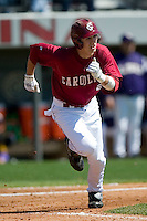 South Carolina center fielder Andrew Crisp (2) hustles down the first base line versus LSU at Sarge Frye Stadium in Columbia, SC, Thursday, March 18, 2007.