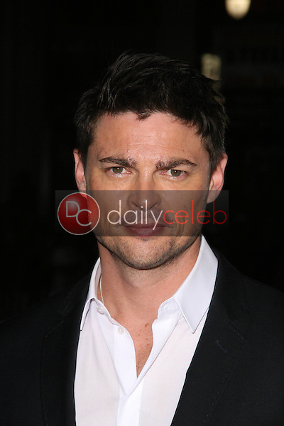 Karl Urban<br /> at the &quot;Red&quot; Los Angeles Screening, Chinese Theater, Hollywood, CA. 10-11-10<br /> David Edwards/DailyCeleb.Com 818-249-4998