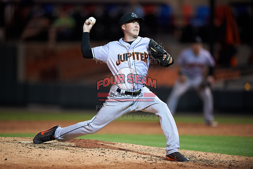 Jupiter Hammerheads relief pitcher Travis Ballew delivers a pitch during a game against the Lakeland Flying Tigers on April 17, 2017 at Joker Marchant Stadium in Lakeland, Florida.  Lakeland defeated Jupiter 5-1.  (Mike Janes/Four Seam Images)