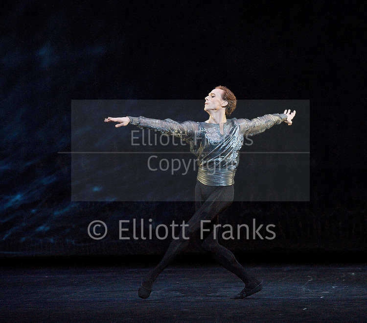 24 Preludes <br /> The Royal Ballet at the Royal Opera House, Covent Garden, London, Great Britain <br /> 22nd February 2013 <br /> Triple Bill <br /> General rehearsal <br /> <br /> <br /> ChoreographyAlexei Ratmansky<br /> MusicFryderyk Chopin<br /> Lighting designNeil Austin<br /> Costume designsColleen Atwood<br /> <br /> Leanne Benjamin <br /> <br /> Alina Cojocaru<br /> <br /> Sarah Lamb <br /> <br /> Zenaida Yanowsky <br /> <br /> Valeri Hristov <br /> <br /> Steven McRae<br /> <br /> Edward Watson <br /> <br /> Rupert Pennefather <br /> <br /> <br /> <br /> Photograph by Elliott Franks
