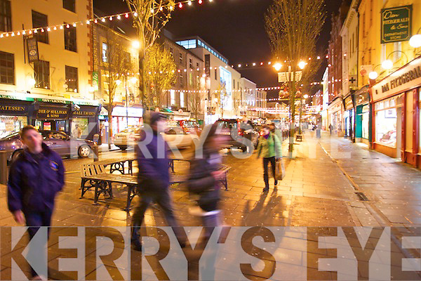 Christmas shopping in the Mall, Tralee.