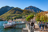 Italy, Lombardia, Menaggio: popular resort on the West Banks of Lake Como - lakeside promenade | Italien, Lombardei, Menaggio: beliebter Urlaubsort an der Westkueste des Comer Sees, von hier besteht eine Faehrverbindung nach Bellagio und Varenna - Seepromenade