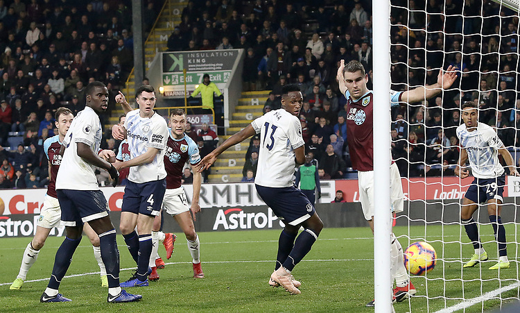 Burnley's Ben Gibson (No.14) scores his side's first goal  <br /> <br /> Photographer Rich Linley/CameraSport<br /> <br /> The Premier League - Burnley v Everton - Wednesday 26th December 2018 - Turf Moor - Burnley<br /> <br /> World Copyright © 2018 CameraSport. All rights reserved. 43 Linden Ave. Countesthorpe. Leicester. England. LE8 5PG - Tel: +44 (0) 116 277 4147 - admin@camerasport.com - www.camerasport.com